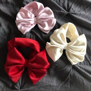 Other - XL bows on headbands for baby girl💗